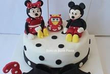 Disney-Mickey&Minnie Cake