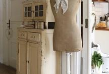 Vintage Dress Form - Mannequin / by Nana Bears