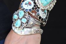 Ethnic jewellery / Exquisite jewellery