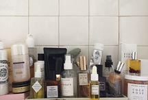 cosmetics // vanity organization