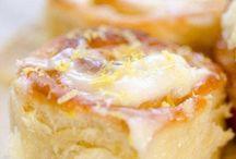Пироги булочки