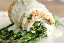Dinner Recipes / Easy delicious dinner recipes! Lots of easy, simple and delicious recipes to make dinner time fun!