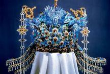 Traditional headdress & costume : China