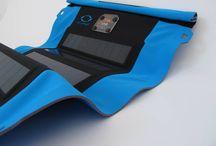 Our products | zonnelader / Zonnelader en accu om apparatuur mee op te laden. Geschikt voor tablet, telefoon, GPS, MP3 en ander apparatuur.