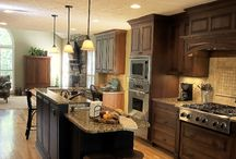 Kitchens / by Lisa Cavaliere