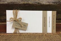 Convites de casamento rústico / Fotos de convites de casamento rústico. Com materiais naturais em um estilo mais descontraído.