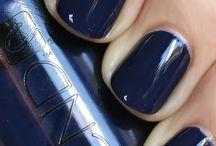 Nail & Make-Up / by Jana Blodgett
