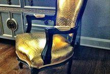 sillas con tapizado de oro