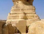 Egipte / Egipte es un país que te com a capital El Cairo, te un total de 83.200.000 habitats i un extensió de 1.001.459 km2. Limita al Oest amb Líbia, al Sud amb Sudan, al Nort amb el Mediterrani i al Est amb el Mar Roig i Israel.