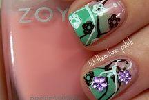 nails / by Carolyn Embrey