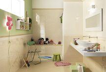 Naše mini galérie / Inspirujte se naší mini galerií, kde najdete nádherné provedení koupelen, kuchyní a jiných obytných a nebytových prostor. Pokud byste chtěli vidět více klikněte zde: www.maag-czech.cz/galerie/ a prohlédněte si naši galerii obkladů a dlažeb.