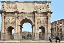Amazing Arches / Photos and articles about monumental arches, with links to information about their architecture and history.