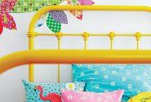 Bedrooms / by Dianne Holwell