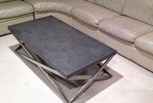 Tisch untergestellt