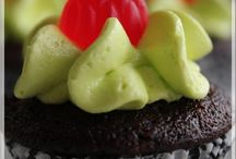 Mini cupcakes au chocolat garni de gelée de baie