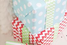 Gift wrapping ideas / by Renee Alesi Pyatt