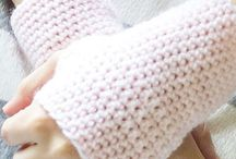 Fingerless mitt in