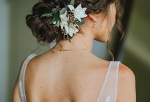 Wedding hair ideas / Ideas for wedding hairstyles with flowers
