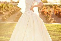 Wedding Dresses / by Tasha Borget