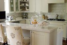 Beautiful kitchens / by Rachel Ricke