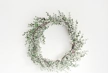 Christmas at Home / Decorations, Wreaths, Wrapping Presents
