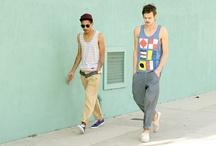 Hipster/blogger enough? / by Enlaestanteria .com