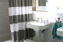 Bathrooms / by Stacey Haslem