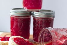 Drinks, Jams, Sauces & More / Create your own drinks, preserves and other accompaniments.