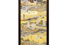 """着物タペストリー Kimono Tapestry / 日本伝統の西陣正絹帯を素材に、最も美しい柄の部分を使用した「浅草たつみや」の着物タンブラー。日本国内有数の織元にて丹精込めて織られた優雅で繊細な帯は、生産される数がごく僅かです。当店では一本の帯から美しい柄の部分だけを厳選し創作するので、それぞれに柄の表情が微妙に違います。 Made from rich silk Kimono sash """"Obi"""". In our original flame of two types M,L"""