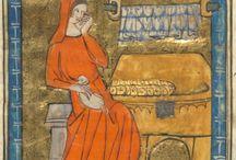 Medieval: Contrasting lining in hoods