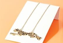Jewelry Ideas / by Sue Batten