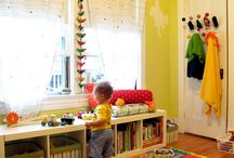 Livingroom / by Yarnia