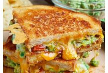 Grilled Cheese Sandwiches / Crazy good grilled cheese sandwiches