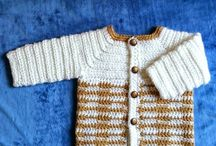 Crochet - Chalecos, polerones y chaquetas / Crochet sweaters, cardigans, pullovers and jackets. / by daniela frey