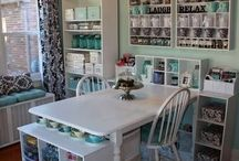 Crafty Spaces/Organization / Great scrapbook rooms and spaces!