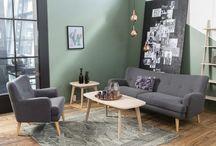 Sofa und Wand