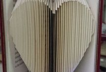 scultura cuore carta