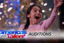 PLEASE VOTE FOR LAURA TO AMERICA'S GOT TALENT THE 13 SEPTEMBRE!
