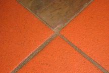 Pavimenti Misti / Pavimenti misti - sono i pavimenti che si possono comporre con materiali diversi; cotto e parquet; marmo e parquet; gres e parquet; cementine e microcemento;cotto e pietra; noi della www.parquet-cotto-marmo.it ci siamo specializzati in questi tipi di pavimentazioni.