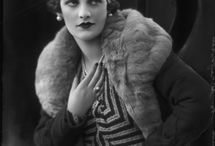 1932 Make Up, Fashion, Beauty / Make Up examples, hairstyle, fashion and beauty from 1933's