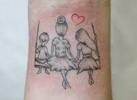 Lisa en mama tattoo