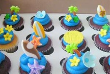Luau cupcakes / by Carrie Pitre
