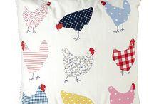 gallinas en un cojin