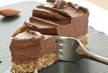 Cake, pie & desserts