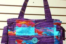 Handback Mania / Super Offers Of Handbags.
