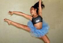 dance<3 / by Brianna Symone
