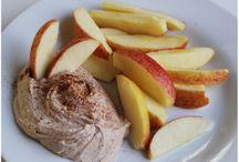 Healthy Snacks / by Jodi Rose Hess