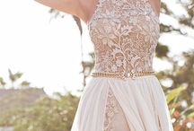 вечерние платья и комплекты