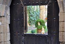 puertas y ventanas / by SA SB