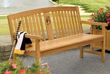 Wooden/Bamboo Benches / The wooden and bamboo benches provide a natural look in both modern and traditional styles.
